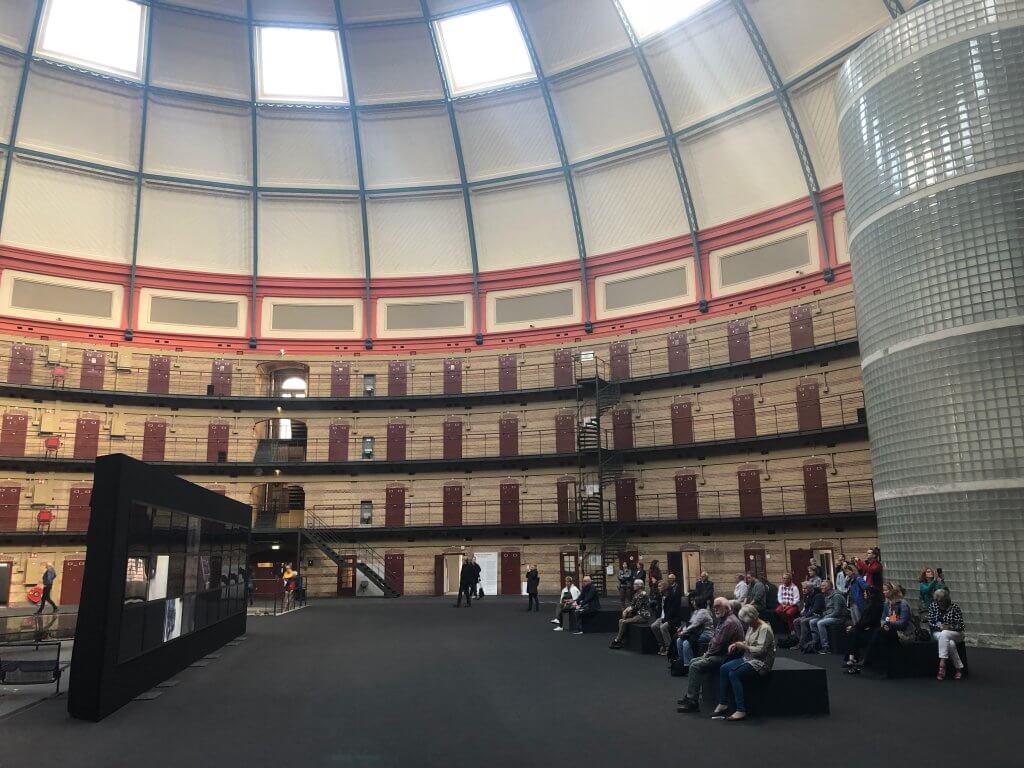 binnenkant koepelgevangenis Breda