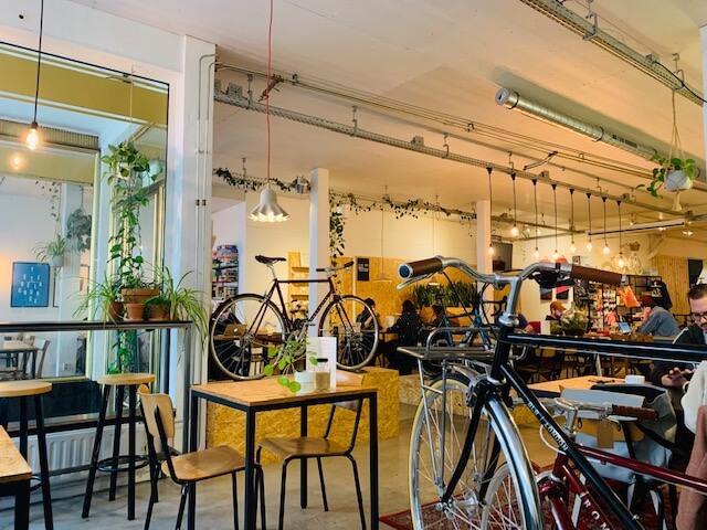 Koffiezaakje kamu in Breda